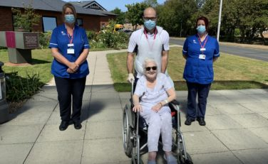 Staff-With-Patient-Patricia